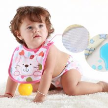 Baby Bibs with Cute Cartoon Pattern / Waterproof Saliva Towel